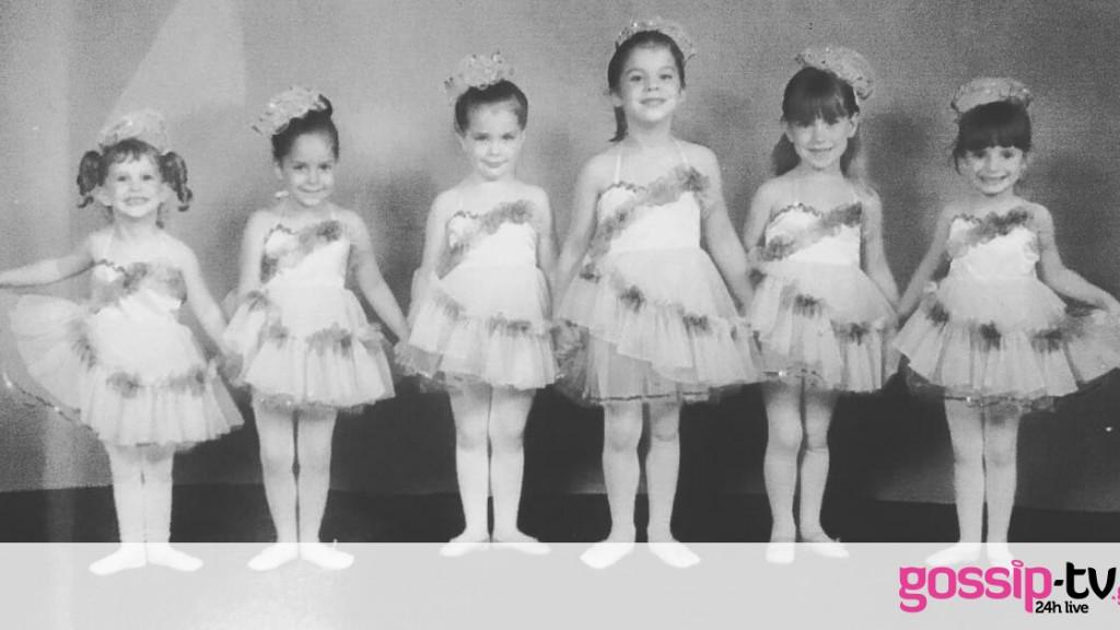 Αναγνωρίζετε την διάσημη ηθοποιό ανάμεσα στα κοριτσάκια της φωτογραφίας; (pics)