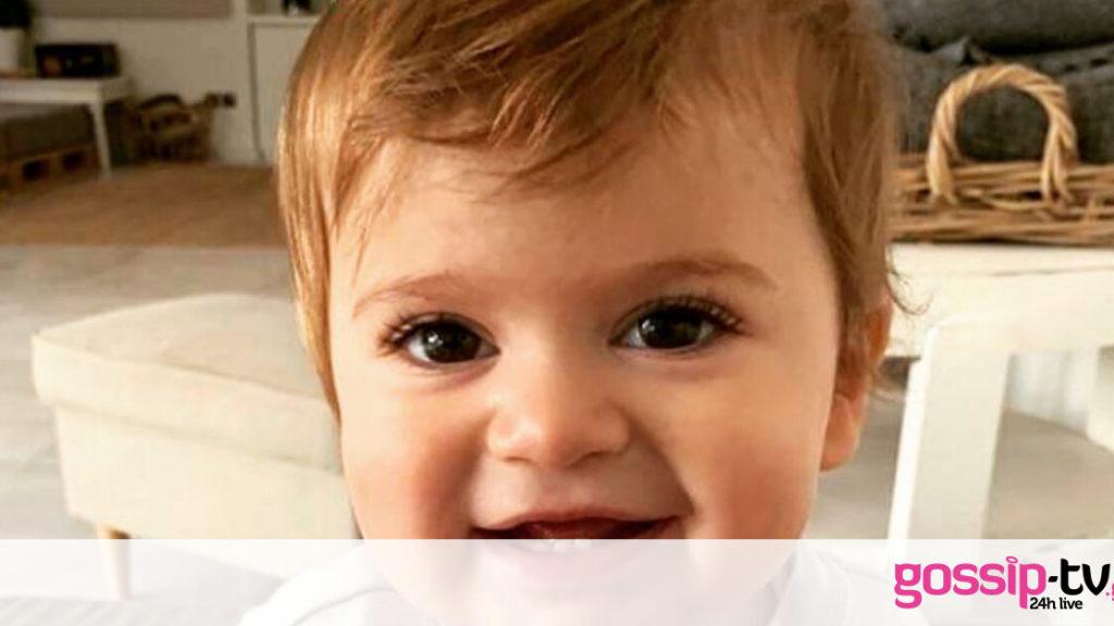 Αυτό το πανέμορφο αγοράκι είναι γιος γνωστού Έλληνα σεφ - Μαντεύετε ποιος είναι ο μπαμπάς του;(pics)
